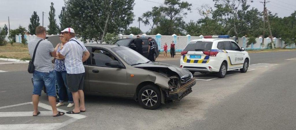 ДТП поблизу Дельфінарію: мотоцикліст не розминувся з авто