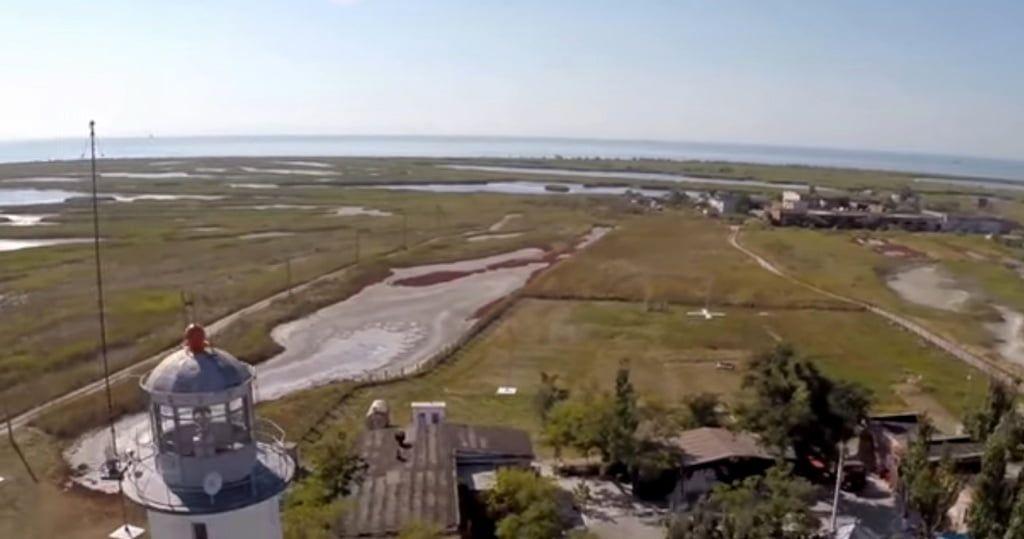 В Бердянске начали травить комаров