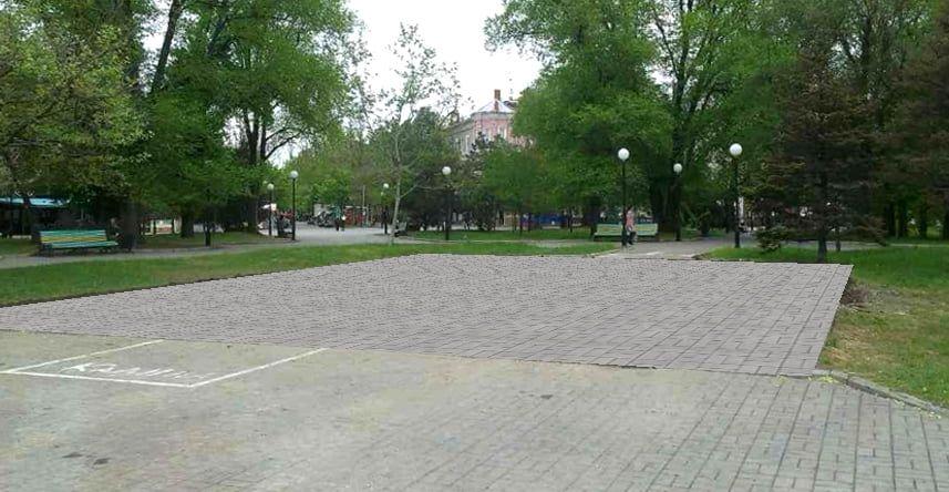 От простого. Мэр предлагает место под бывшим памятником Ленину заложить плиткой