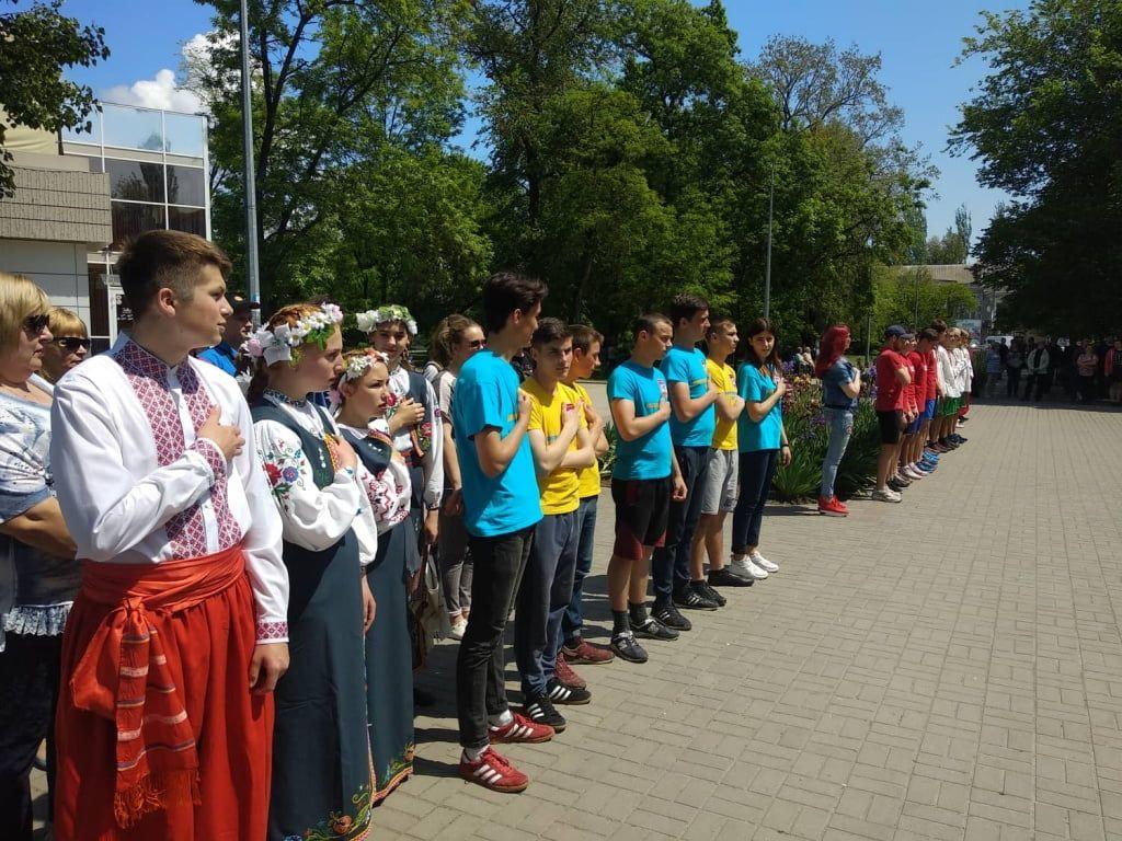 """""""Будьмо разом українці"""" - в Бердянську стартували заходи до Дня вишиванки"""