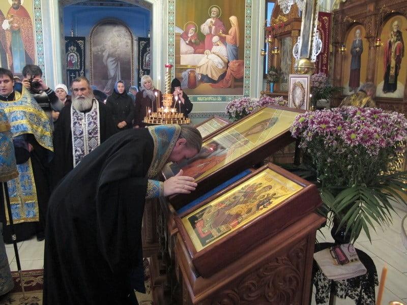 встретили иконы со Святой Горы Афон ...: www.brd24.com/news/a-2746.html