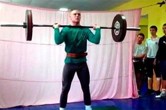 Бердянские тяжелоатлеты отметили праздник Святого Николая отличными результатами