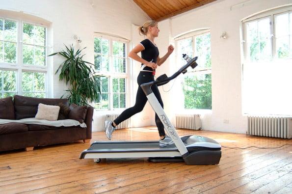 Беговая дорожка в доме вместо фитнес-центра - Здоровье - Статьи