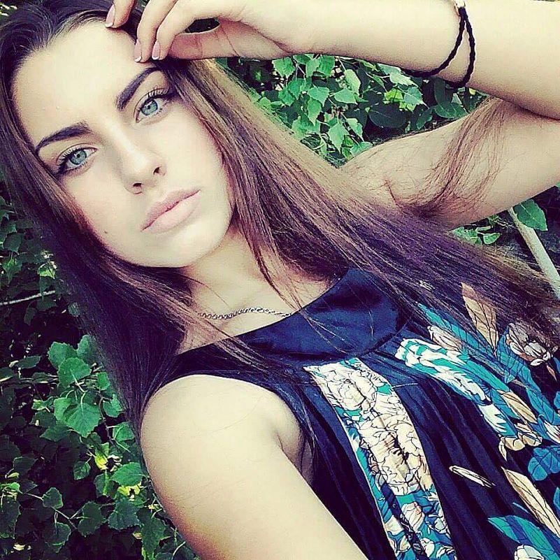 Снять девочку бердянск проститутки тюмень анал